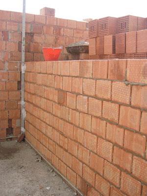 Pareti interne in forati costruzione come fare 19 for Semplici piani di casa in blocchi di cemento