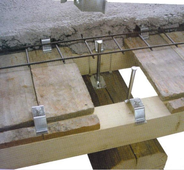 Rinforzare le orditure secondarie di un solaio in legno come fare - Apertura solaio per scala interna ...