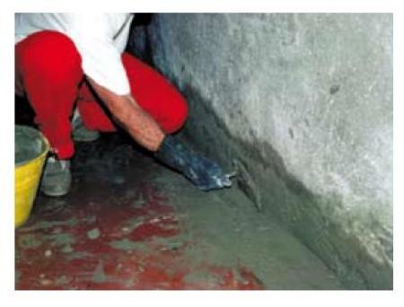 Muro D Acqua Per Interni : Blocco di infiltrazioni di acqua con impermeabilizzanti a presa