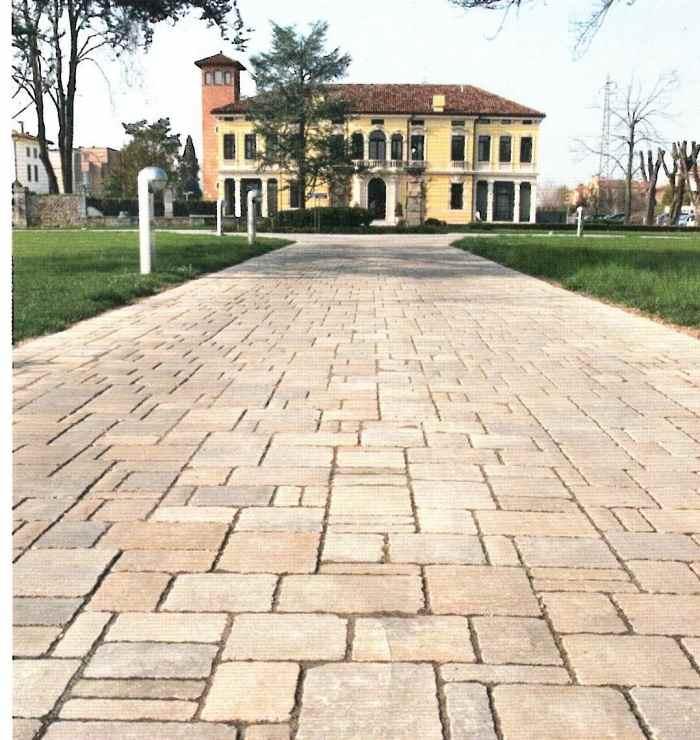 Pavimenti per esterni autobloccanti prezzi pannelli - Mattoni per esterno ...