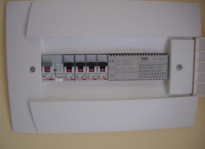 Schema Collegamento Differenziale Magnetotermico : Impianto elettrico in una civile abitazione. seconda parte