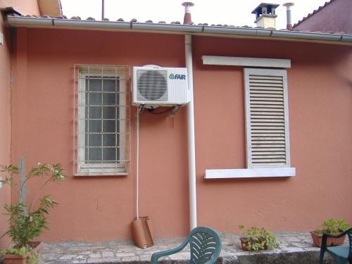 Condizionatore installazione completa fai da te - Condizionatore perde acqua dentro casa ...