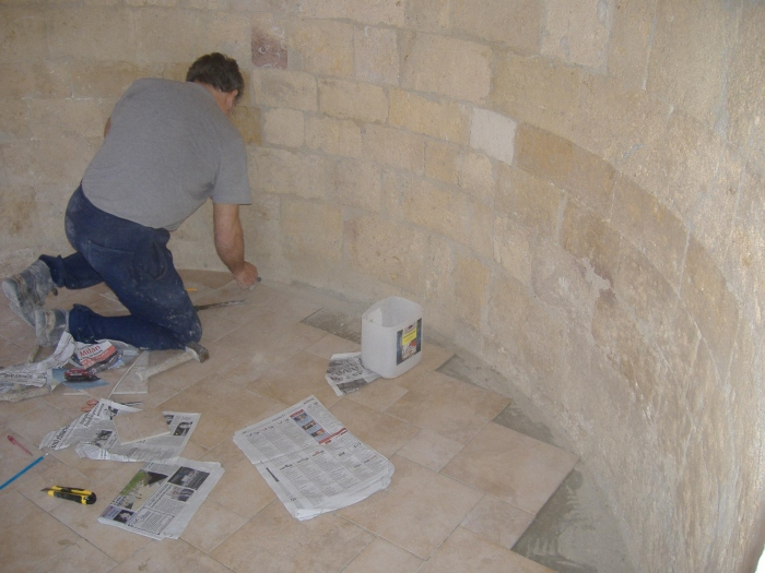 Come fare a pavimentare una superficie con il perimetro for Mattonelle da muro