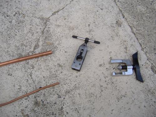 Condizionatori accorciare i tubi in rame e farci la for Collegamento del tubo di rame al pex