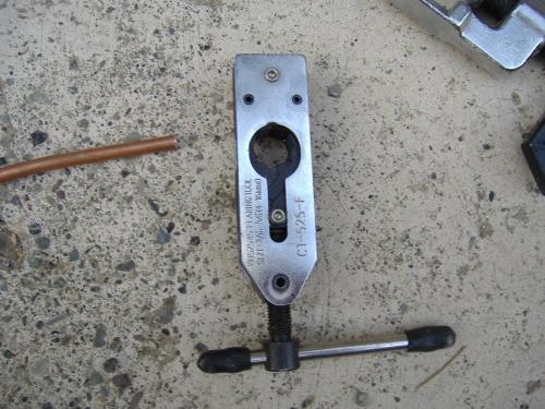 Condizionatori accorciare i tubi in rame e farci la - Condizionatore unita esterna piccola ...