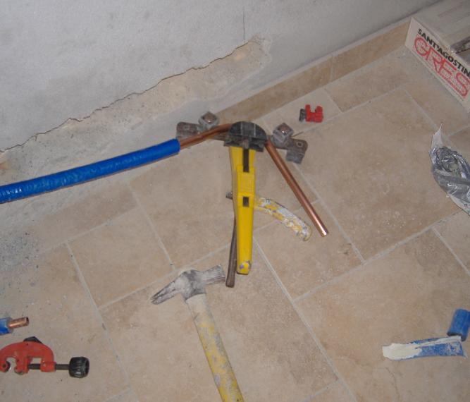 Come aggiuntare un tubo in rame per riscaldamento for Tubo di rame a pex