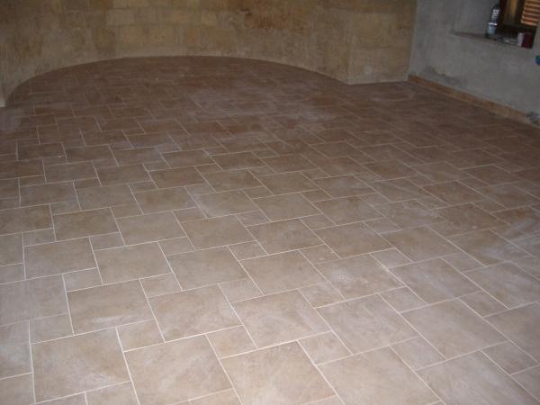Stuccare le fughe di un pavimento il miglior sistema for Pavimento senza fughe