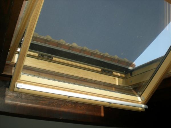 Un lucernario finestra per un tetto a struttura in legno - Finestra sul tetto ...