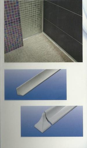 Profili innovativi per i nostri bagni e cucine attuali e - Muffa piastrelle doccia ...