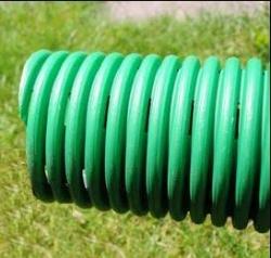 Come proteggere le fondazioni dall 39 umidit di risalita for Materiale del tubo della linea d acqua