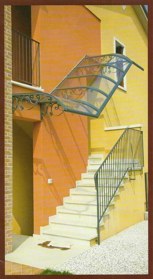 Pensiline artistiche per le nostre case - Scale esterne moderne ...