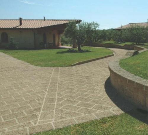 Il fiorditufo pietra versatile e economica per le - Sistemazione giardino ...