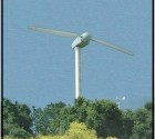 Una pala eolica da 55 kW a 2 sole pale.