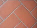 L'arte del cotto. Un patrimonio di bellezza che ritroviamo nei pavimenti e nei manufatti in terracotta.