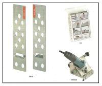 un sistema di fissaggio meccanico di lastre da rivestimento  1
