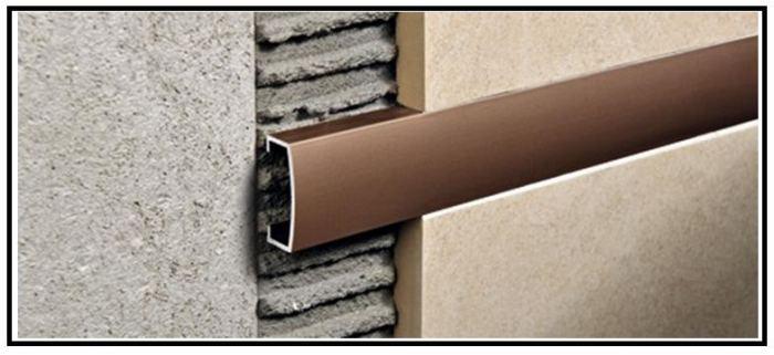 Profili tecnici metallici di rifinitura per rivestimenti e for Listelli metallici