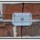 A Sistemi fissi e rimovibili di controllo per lesioni su edifici
