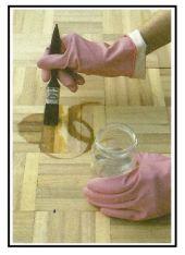 Come effettuare la scoloritura delle macchie sul legno 1