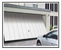Montaggio di una porta da garage basculante 1