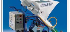 Una intonacatrice monofase per impastare e pompare qualsiasi tipo di intonaco premiscelato
