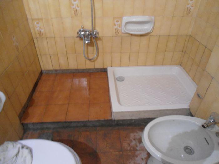 Piatto doccia a pavimento con piastrelle interesting una