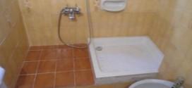 2 -Piatto doccia al posto della vasca. Fai da te