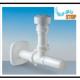 A Una valvola automatica di areazione in plastica, contro i gorgoglii e i cattivi odori degli scarichi del bagno e della cucina