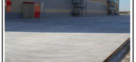 Una fibra di polipropilene monofilamento non strutturale ideale per cordoli, rampe, stucchi, rivestimenti, sezioni a basso spessore